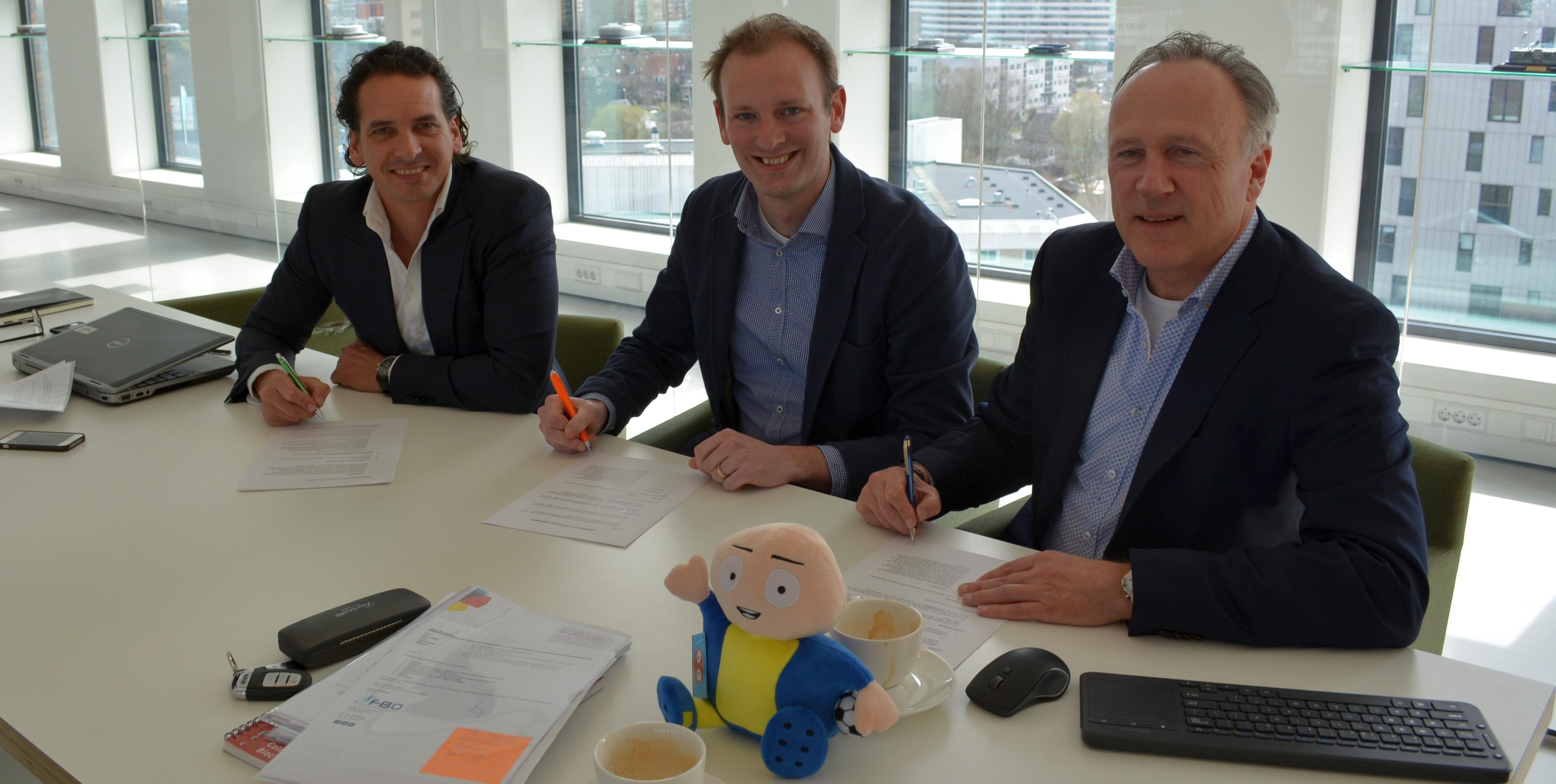 OSM verwerft de rechten van de clubs uit de Eredivisie
